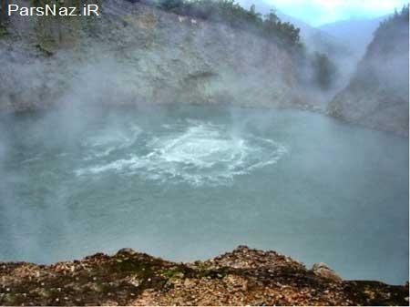 دریاچه های خاص و عجیب (عکس)