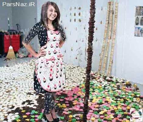 ابتکار دختر دانشجو با کیک (عکس)