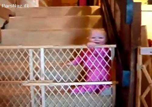 فرار نوزادان آب زیر کاه (عکس)