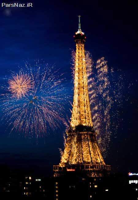 جشن پر نور و صدا و نماد  پایان حکومت پادشاهی فرانسه (عکس)