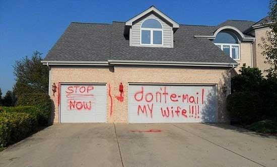 واکنش جالب یک مرد غیرتی در مقابل  مزاحم همسرش (عکس)