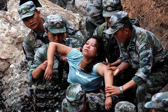 زلزله مرگ بار در چین (عکس)