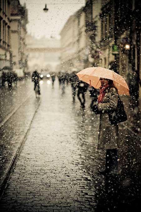 عکس عاشقانه بارانی
