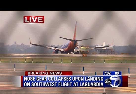 فرود ناموفق یک فروند هواپیمای مسافربری