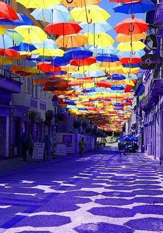 شهری که آسمانش رنگین کمانی است (عکس)