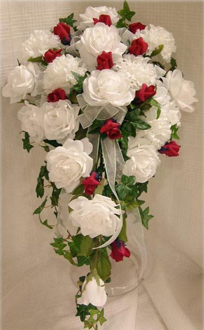 آبشاری ترین دسته گل های عروس (عکس)