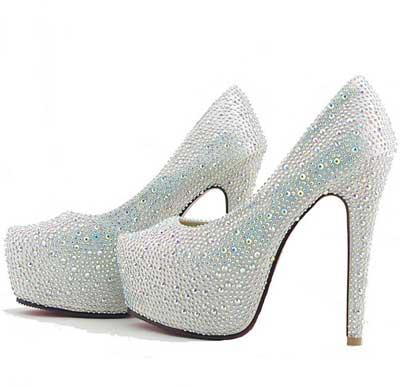 مدل های امروزی کفش های زنانه پاشنه بلند  (عکس)