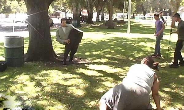 شعبده بازی و دوربین مخفی سرکاری با هم (عکس)
