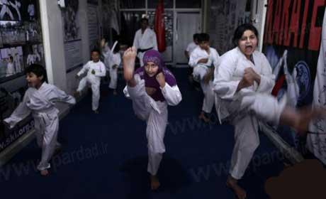 سوپر قهرمان زن  نینجا پاکستانی (عکس)