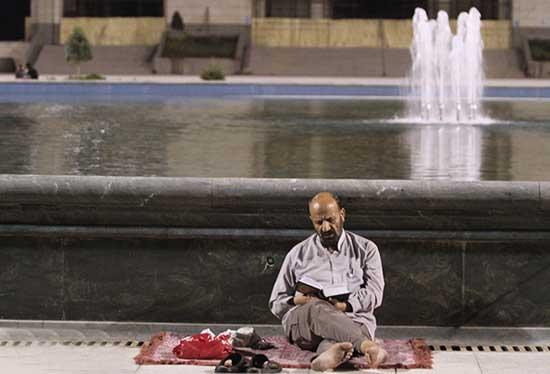 تصاویر ویژه مراسم احیا شب نوزدهم رمضان