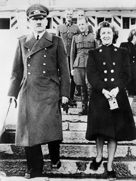 رونمایی تصاویر همسران دیکتاتورهای زمان های گذشته