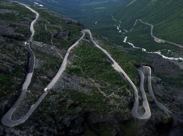 جاده های عجیب و غریب در دنیا (عکس)