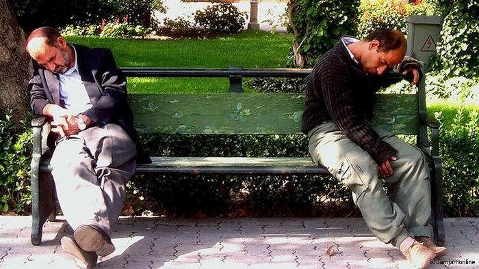 چرت زدن های خنده دار و دیدنی افراد (عکس)