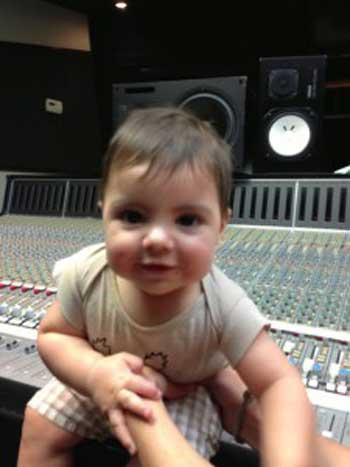 جدید ترین عکس فرزند خواننده زن مشهور