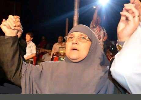 تصویر پخش شده جنجالی از همسر مرسی