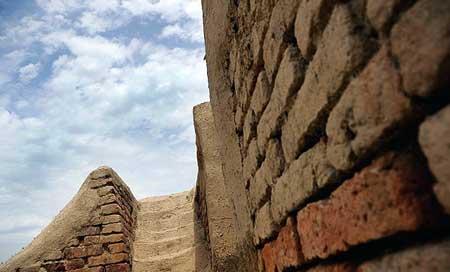 دیوار بزرگ گرگان یا دیوار سرخ (عکس)