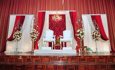 شیک ترین مدل های  تزیین جایگاه عروس و داماد در 2013