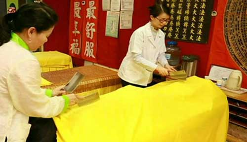 ترسناک ترین و خطرناک ترین ماساژ در تایوان (عکس)