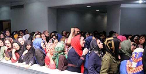 چه می کنند  هواداران احسان علیخانی (عکس)