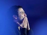 ابراز علاقه بازیگر مشهور به خواننده پاپ (عکس)