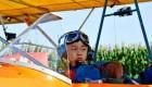 تصاویر حیرت انگیز از کوچکترین خلبان