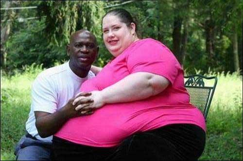 چاق شدن عجیب این زن 273 کیلویی (عکس)