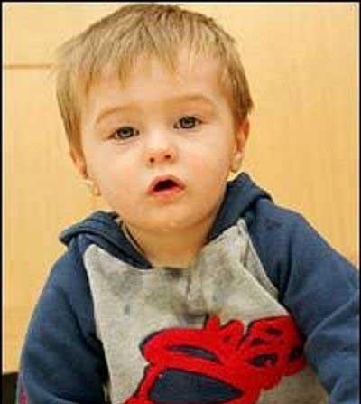 پسر بچه ای که هیچ دردی برای او معنا ندارد (عکس)
