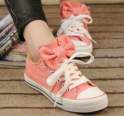 مدل های شیک کفش های دخترانه تابستانی 2013