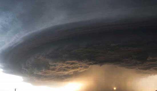 عکس های حیرت انگیز از گردباد های غول آسا