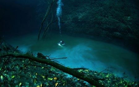 رودخانه ای عجیب  در زیر آب در مکزیک (عکس)
