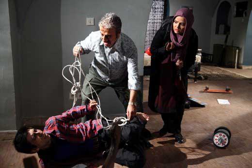 کتک کاری خیابانی علیرضا خمسه (عکس)