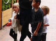 عکس های جدید آنجلینا جولی به همراه فرزندانش