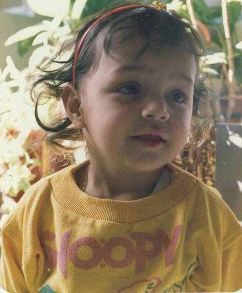 عکس های دیدنی کودکی بازیگر زن معروف