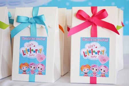 تزیین جشن تولد با عروسک های دوست داشتنی