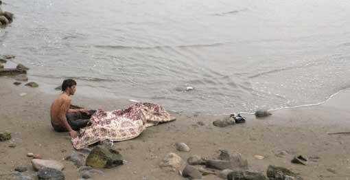 عکس های ناراحت کننده و دلخراش از کنار دریا