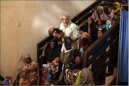 عکس هایی از مهدی هاشمی و حامد بهداد در افریقا