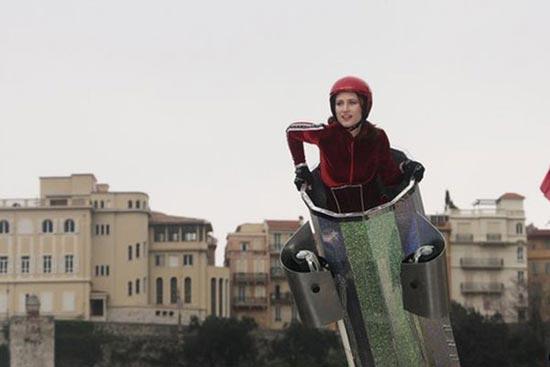 شلیک ترسناک زن و شوهر با توپ !! (عکس)