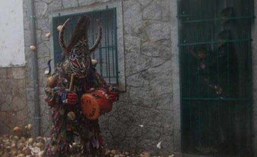 راندن شیطان با شلغم !! (عکس)
