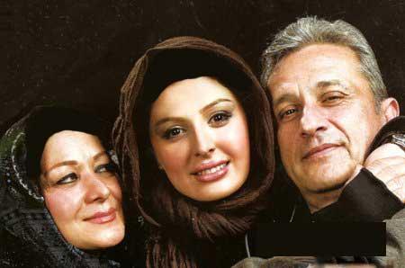 عکس های منتشرشده از نیوشا ضیغمی با خانواده اش