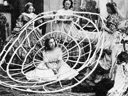 عکس های جالب از دامن های 2 قرن پیش