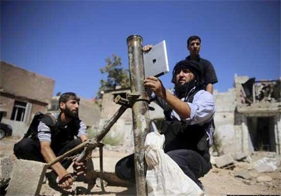 شلیک خمپاره سوریه با آی پد ! (عکس)