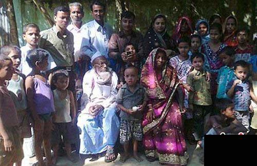 عروسی تماشایی پیرترین داماد هندی (عکس)