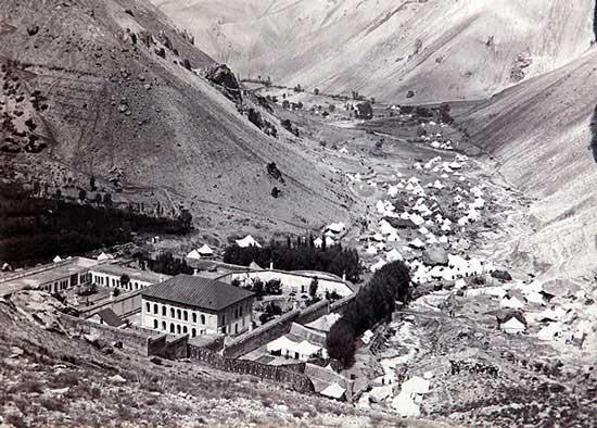 عکس نایاب از عمارت سلطنتی ناصرالدین شاه