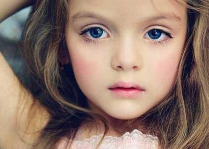 دختر روسی که زیباترین در دنیا شد (عکس)