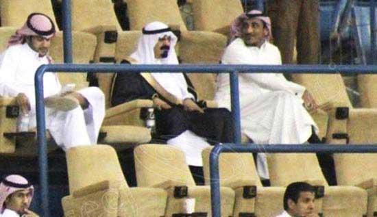 بی نظمی بدل پادشاه در ورزشگاه (عکس)