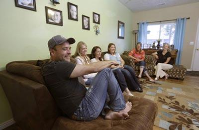 عکس های تماشایی از پدیده چند همسری در آمریکا