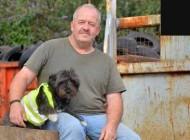 سگ جالبی که راننده کامیون است (عکس)