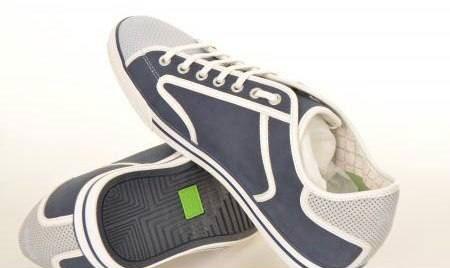 کفش مخصوص مدرسه بچه ها (عکس)