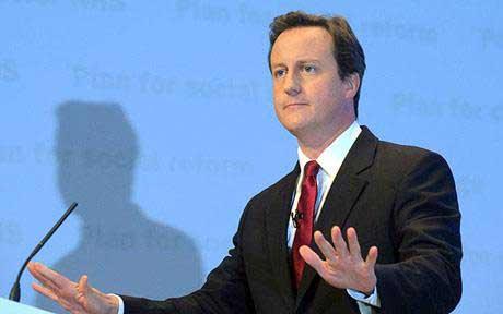 عکس لو رفته از دختر نیمه لخت با نخست وزیر