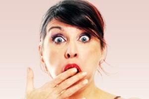 نمایش پست :زنی که برهنه در تمام خیابان های شهر چرخید..!